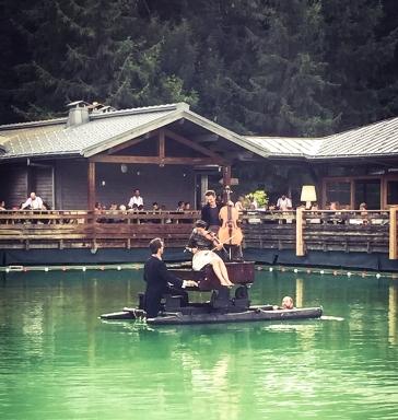 Piano du Lac en Haute Savoie sur myfoodandtravel concert (1)